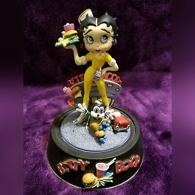 Betty Boop Franklin Mint Collector Figure The Boop Oop a Doop Diner Glass Dome