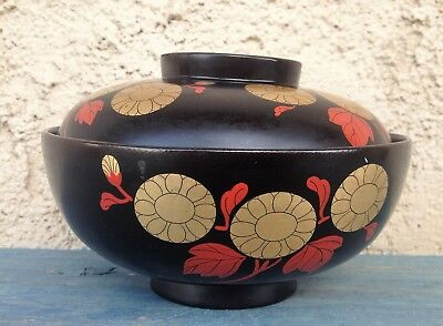 MAKI-E JAPANESE LACQUERED WOOD BOWL w/ HAND-PAINTED GOLD & RED CHRYSANTHEMUMS