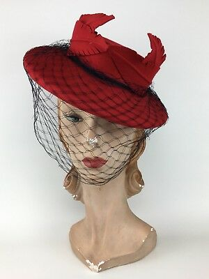 Vintage 1930s 1940s Red Felt Tilt Topper Hat w/ Leaves New York Creation