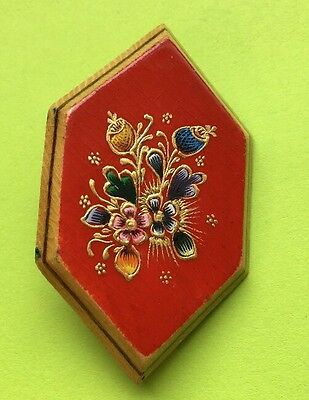"""Vintage 2"""" Wood Hand Painted Floral Brooch Pin Jewelry Ck-63"""