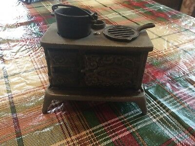 Antique PEARL Cast Iron kitchen stove with accessories