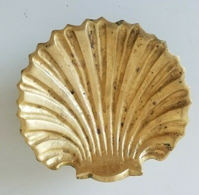Vintage Brass Clam Shell Textured Dish Footed Bowl HEAVY Beach Decor