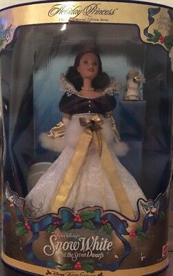 1998 Disney Snow White Holiday Princess Barbie 3rd in Series - NRFB!