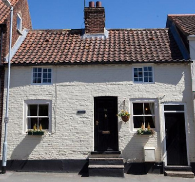 YORKSHIRE WOLDS COTTAGE. Let Rent Cheap Discount Self Catering Holiday