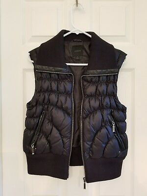 Express Ladies Size Medium Black Down Filled Puffy Vest