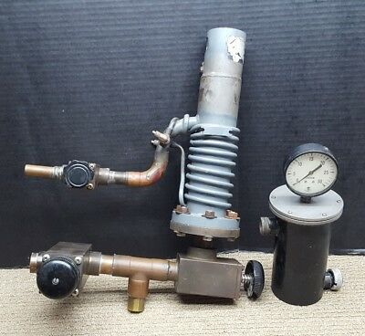 CVC Consolidated Vacuum Corp Diffusion Pump w/ Valves and Needle Gauge Chamber