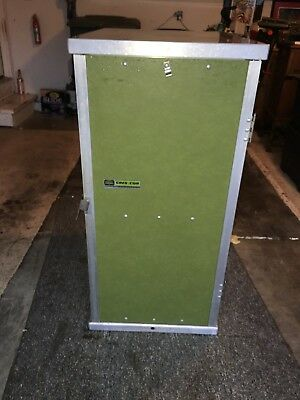 Cres Cor 100-1826   Holding Cabinet