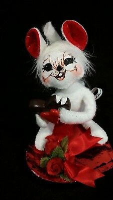Vintage ANNALEE Valentine Mouse on Heart-Shaped Chocolate Box, 2007, 5 1/2 Inch.