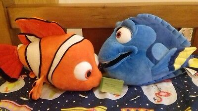 Disney Store Finding Nemo Dory soft plush toy bundle set