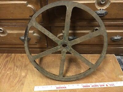 cast iron FLAT BELT PULLEY 17.25x1.75 antique gas engine bandsaw? table base ?
