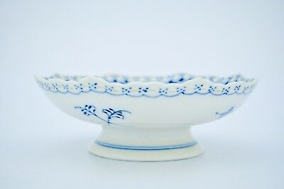 Bowl on foot #1023 - Blue Fluted - Royal Copenhagen - Full Lace - 2:nd Quality