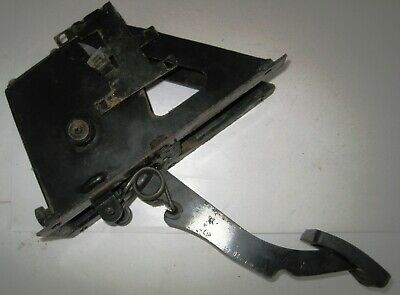 Land Rover Defender Clutch Master Cylinder and Pedal Box. Genuine LR STC500100