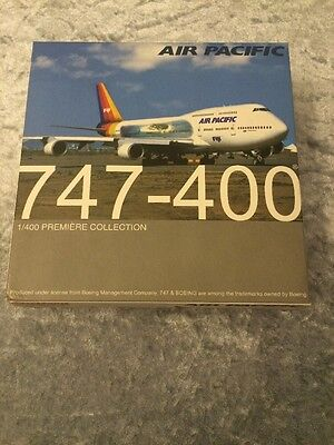 Dragon Wings  747-400 Air Pacific  1-400 Neu Unbespielt !!!!