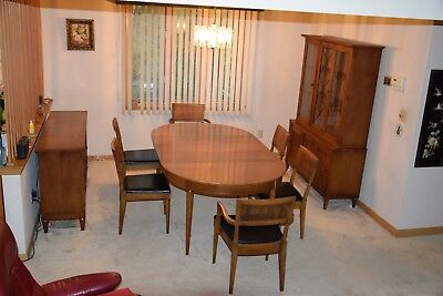 ANTIQUE 1950S FORMAL Dining Room Set in Beautiful Maple ...