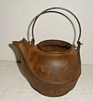 "Vintage Antique Cast Iron Kettle Tea Pot Bail Handle No Lid 4-3/4""H"
