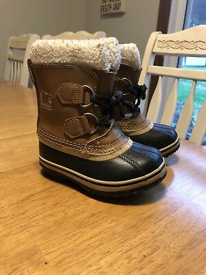 sorel toddler boots size 8