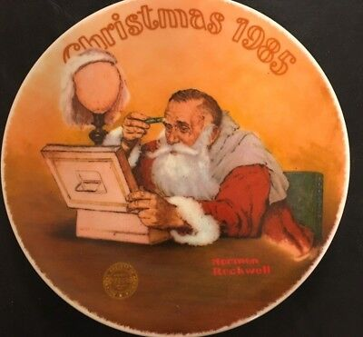 Knowles China Norman Rockwell Annual Christmas Plate 1985 - Grandpa Plays Santa