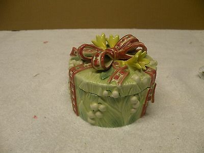 Fitz & Floyd Trinket Box Round Green With Bow And Yellow Flowers