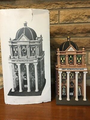 DEPT 56 CHRISTMAS IN THE CITY First Metropolitan Bank HERITAGE VILLAGE 58823