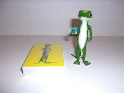 RARE Geico Gecko Toy Figure Doll Holding Cup of Tea & New Deck of Playing Cards