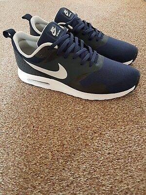 Men's Nike Air Max Tavas Size 10 Only Worn Once. Great condition. RRP £110