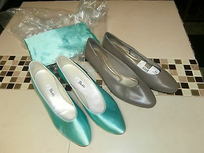 Womens size 10-11 Dress shoes smooth and satin lot of 2