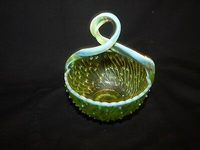 Antique Vaseline Opalescent Thorn Handle Basket.( Pat. Macrh 18,1902 )No Resere
