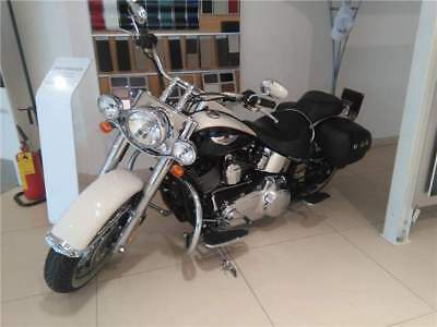 Harley-Davidson Heritage Softail Deluxe