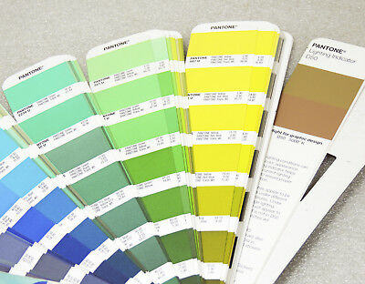 2016 Pantone Formula Color Guide Solid UNCOATED 1,867 Colors with COLOR CHECKER