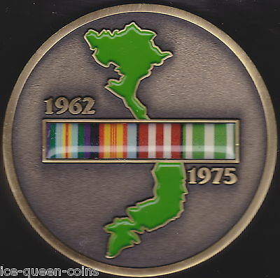 2011 Vietnam Map Campaign Ribbon Medallion On Card