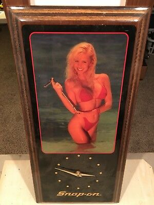 snap on girl clock Pin Up Bikini Wooden Wall 1980s Tools Vintage