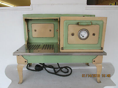 Little Lady Range, Kokomo, IN, Toy Electric Stove, C1940, Excellent Condition