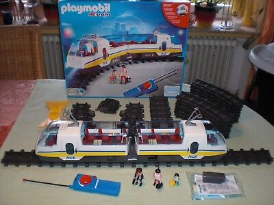 Playmobil PM4011 RC-train - Funk Eisenbahn Set - Lok mit Licht - PM 4011