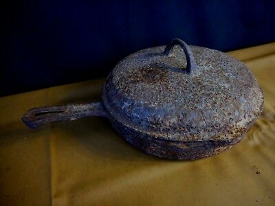 Hammered Vintage Griswold No 8 Cast Iron Skillet with Lid needs restoration Rare