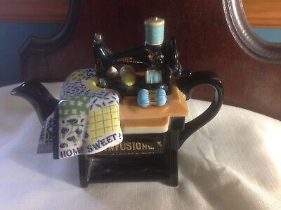 Cardew Design Made in England Infusion sewing machine teapot