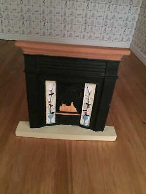 Dolls House Accessories 1/12 circular rug and resin fireplace with surround