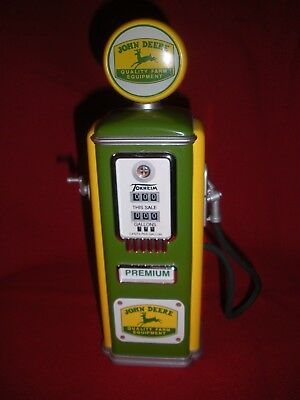 John Deere 1950's Style Gas Pump Bank Die Cast Gearbox Toys Limited Edition