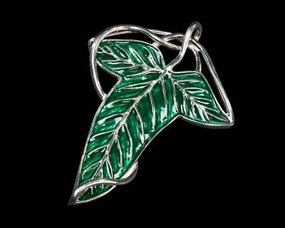 LOTR leaf brooch and necklace , hand painted detal on top, Lord of the Rings