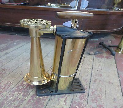 Kockums Malmoe - Sweden Tyfon Fog Horn / Fire Horn. Working