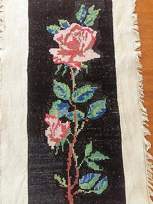 """ANTIQUE Needlepoint Petit Hand Embroidered Tapestry Wonderful Rose 11,5""""x4,5"""""""