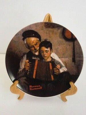 1981 Knowles The Music Maker Norman Rockwell Plate #5 With Plate Stand Numbered