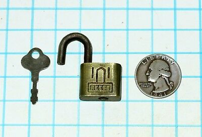 Vtg Antique Old Miniature Small All Brass REESE Lock Co.Warded Padlock and Key