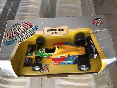 Burago Benetton  Ford Cod.6102 Scale 1:24 Made In Italy