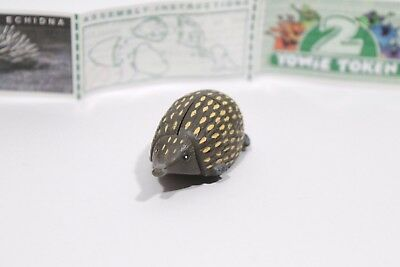 YOWIE Series 1 Short-Beaked Echidna Paper + Toy Collectable