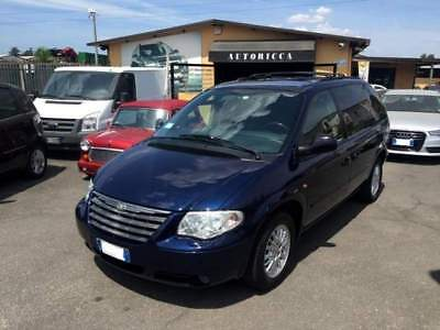Chrysler voyager 2.8 crd cat lx auto unipro'