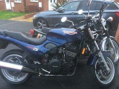 Triumph Trident 750 triple 1998 18k lovely condition modern classic ride away