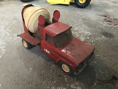 "Vintage 1960's Tonka Jeep Cement Mixer Pressed Steel 10"" Length"