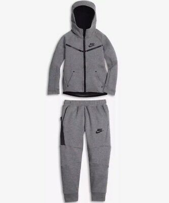 Nike Tech Fleece Two Piece Unisex Toddler Set  Sz: 3T #76B400-Geh-Ne Retail: $95