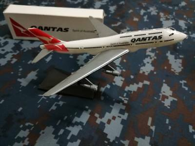 QANTAS Airlines Airways Model Boeing Aircraft Airplane Plastic 747-400 1:530