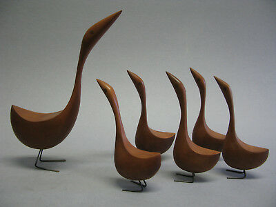 Modern Birds Carvings-  Mother Geese With Five Young